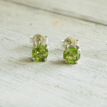 Peridot Round Cut  Earrings,5mm Peridot Studs, August Birthstone, Christmas, Fall Jewelry